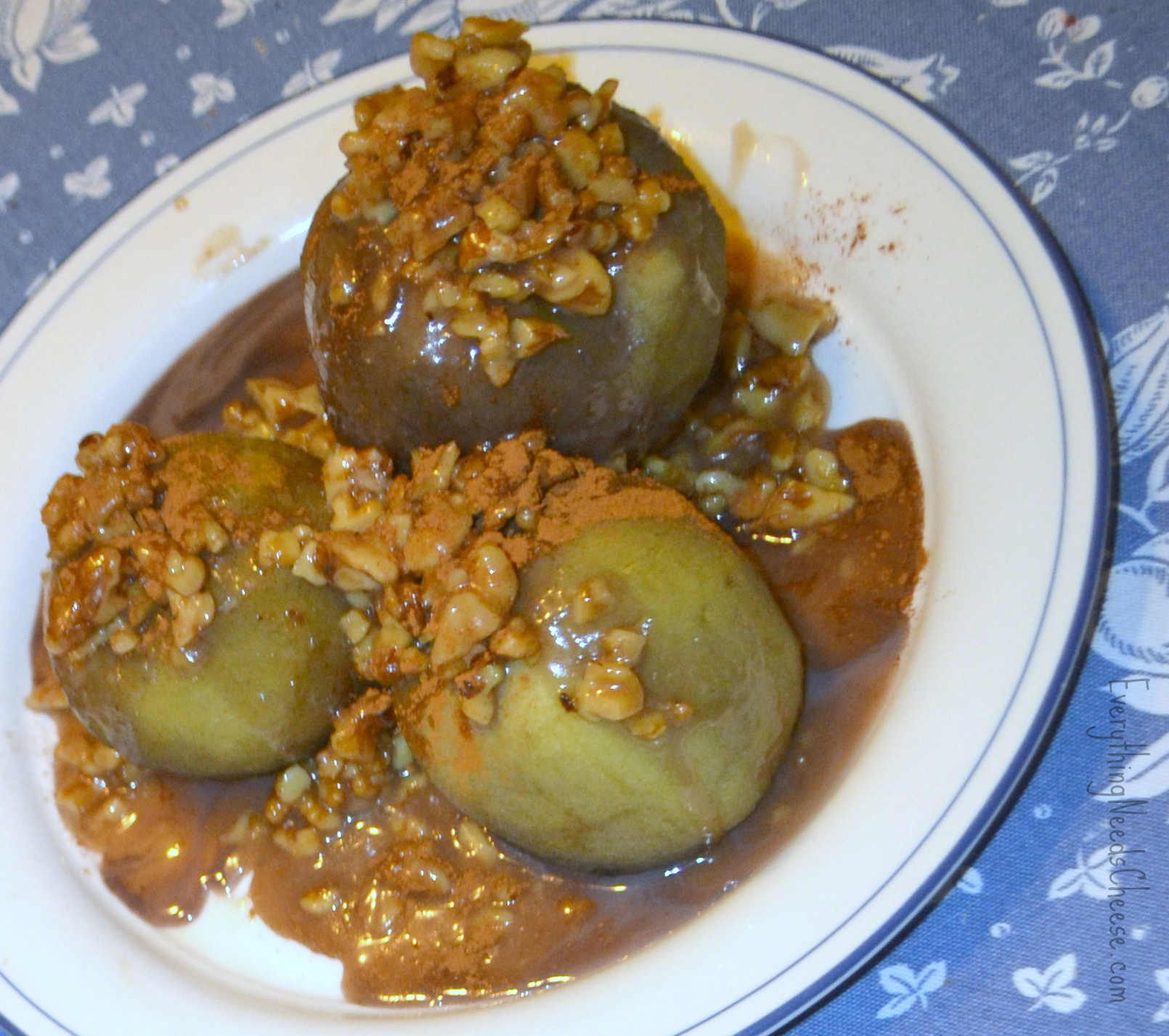 Cinnamon Poached Apples With Toasted Walnuts Recipes — Dishmaps
